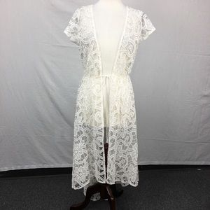 Victoria's Secret Ivory Lace Embroidered Robe